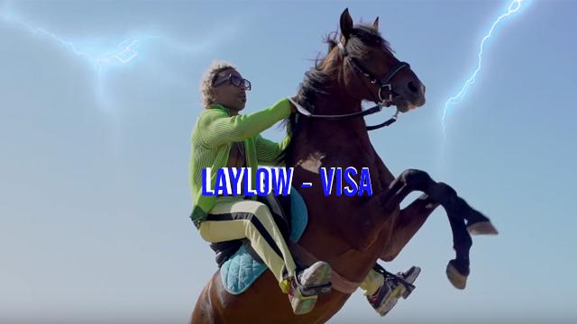 Laylow dévoile le clip impeccable de VISA