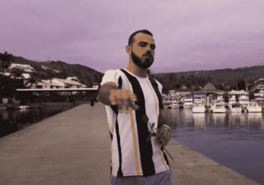"""N'dji nous offre un clip innovant pour """"Salto Costal"""""""