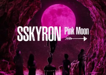 "SSKYRON avive ses sens sur ""Pink Moon"""